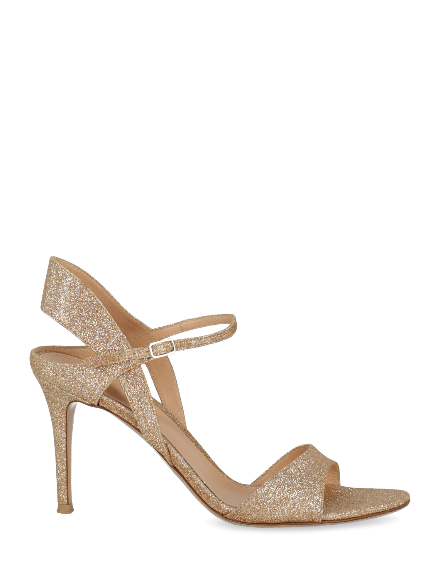Pre-owned Gianvito Rossi Woman In Gold